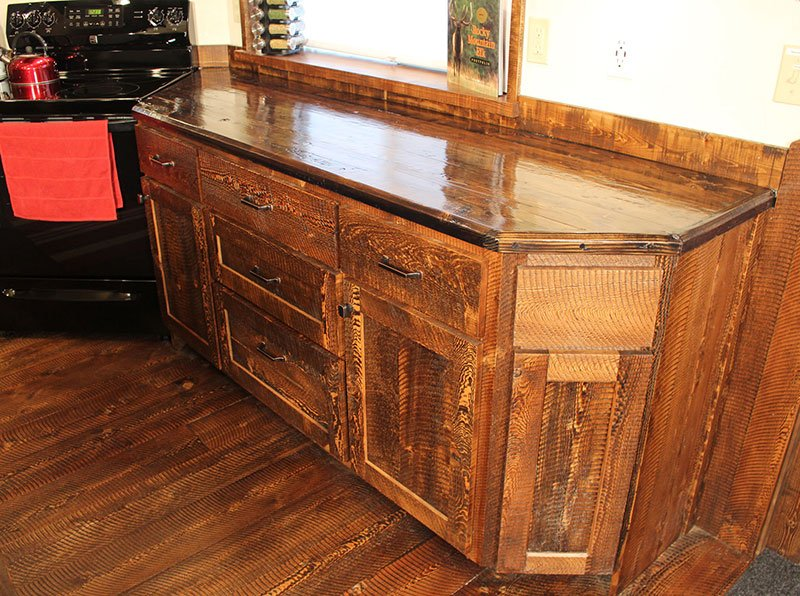 Circle-sawn Circle-sawn Custom Rustic Kitchen Counter Kitchen Counter