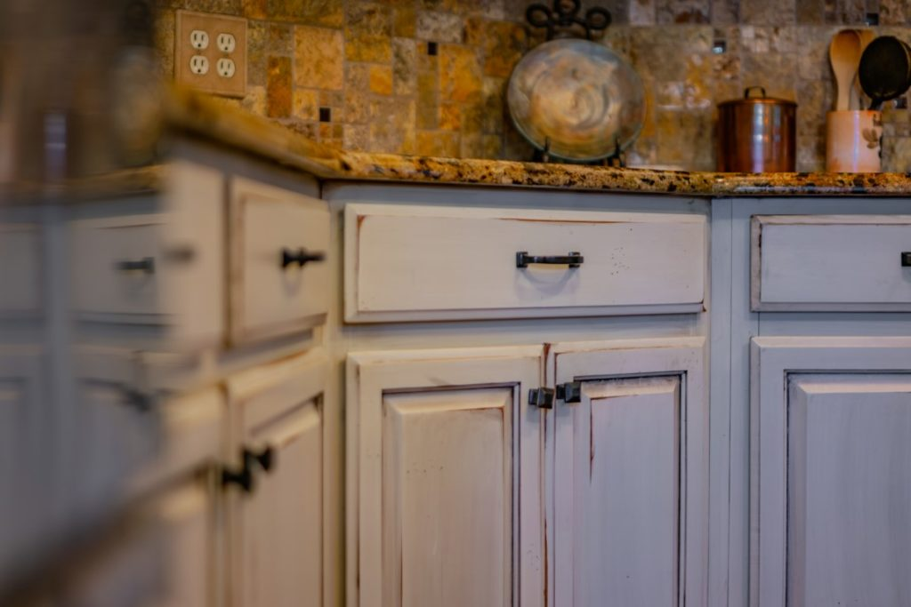 Refaced Maple - Painted Farmhouse White
